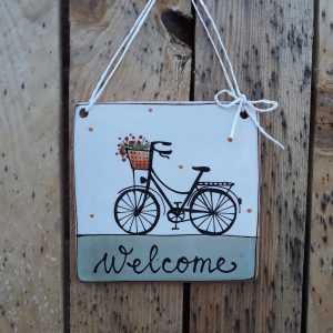 Kerámia ajtótábla női virágos bicikli dekorral – nagy