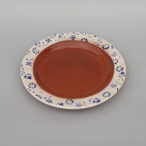 Tavaszi virágos lapos tányér kék mintával
