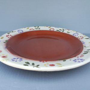 Tavaszi virágos lapos tányér színes mintával
