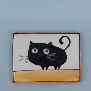 Kerámia hűtőmágnes fekete macska dekorral#3