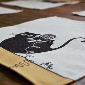 Textil szalvéta gombolyagos cica dekorral #09